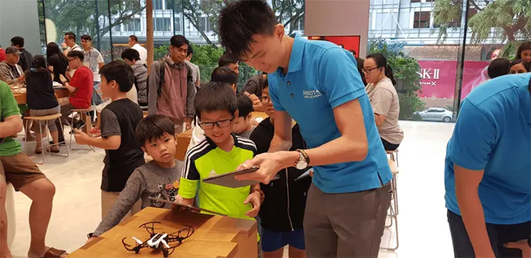 Bringing Drone Programming to the Public with Apple Singapore