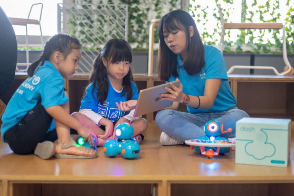 Robotics Junior with Dash & Dot